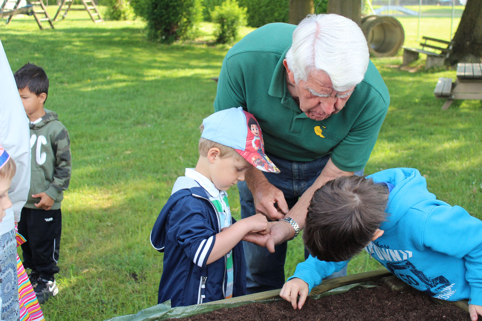 Gartenarbeit zum Anfassen – Vater Tag im